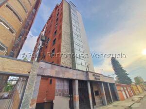 Apartamento En Ventaen Maracay, El Bosque, Venezuela, VE RAH: 21-24668