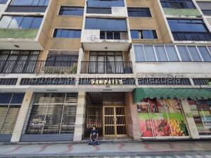 Apartamento En Ventaen Caracas, El Bosque, Venezuela, VE RAH: 21-24709