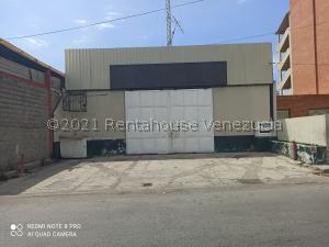 Galpon - Deposito En Ventaen Catia La Mar, La Atlantida, Venezuela, VE RAH: 21-25418