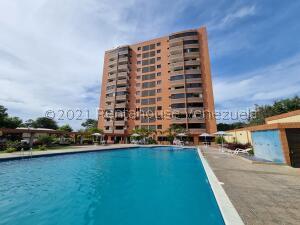 Apartamento En Ventaen Parroquia Caraballeda, Caribe, Venezuela, VE RAH: 21-24743