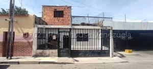 Casa En Ventaen Barquisimeto, Centro, Venezuela, VE RAH: 21-24757