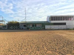 Galpon - Deposito En Ventaen Punto Fijo, Puerta Maraven, Venezuela, VE RAH: 21-24763