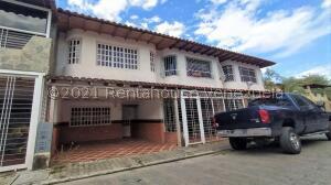 Casa En Ventaen Municipio San Diego, Parqueserino, Venezuela, VE RAH: 21-24818