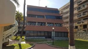 Apartamento En Ventaen Tucacas, Tucacas, Venezuela, VE RAH: 21-24840