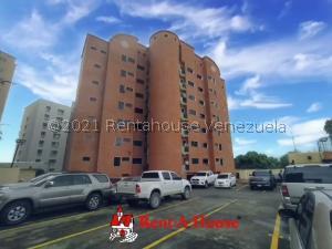 Apartamento En Ventaen Barquisimeto, Parroquia Santa Rosa, Venezuela, VE RAH: 21-7727