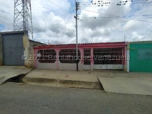 Casa En Ventaen Barquisimeto, Parroquia Tamaca, Venezuela, VE RAH: 21-24560