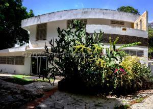 Casa En Ventaen Parroquia Caraballeda, Los Corales, Venezuela, VE RAH: 21-24844
