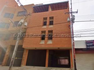 Apartamento En Ventaen Maracay, Girardot, Venezuela, VE RAH: 21-24846