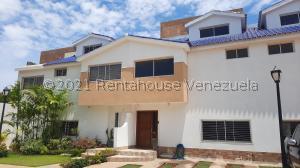 Townhouse En Ventaen Maracaibo, Lago Mar Beach, Venezuela, VE RAH: 21-24855