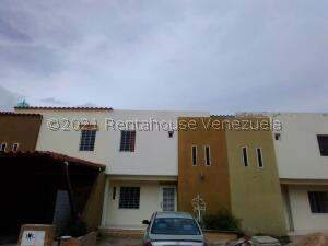 Casa En Ventaen Municipio San Diego, San Francisco De Cupira, Venezuela, VE RAH: 21-24858