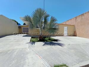 Casa En Ventaen Valencia, Flor Amarillo, Venezuela, VE RAH: 21-24874