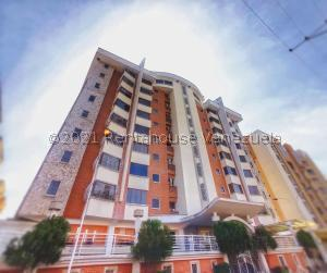 Apartamento En Ventaen Maracay, Los Chaguaramos, Venezuela, VE RAH: 21-24911