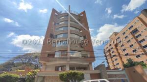 Apartamento En Ventaen Maracay, La Arboleda, Venezuela, VE RAH: 21-24902