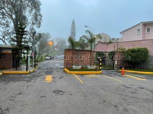 Apartamento En Ventaen Carrizal, Llano Alto, Venezuela, VE RAH: 21-24956