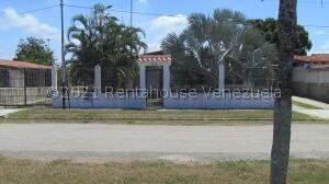 Casa En Ventaen Rio Chico, Los Apamates, Venezuela, VE RAH: 21-24908