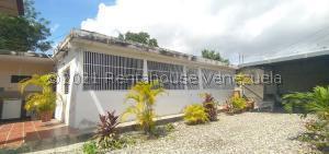 Casa En Ventaen Barquisimeto, Parroquia Juan De Villegas, Venezuela, VE RAH: 21-24916