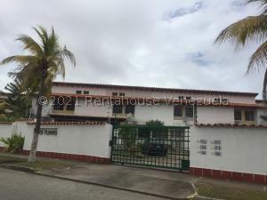 Townhouse En Ventaen Margarita, Maneiro, Venezuela, VE RAH: 21-25130
