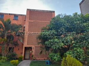 Apartamento En Ventaen Municipio San Diego, El Tulipan, Venezuela, VE RAH: 21-24953