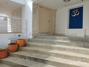 Casa En Alquileren Caracas, Altamira, Venezuela, VE RAH: 21-25015