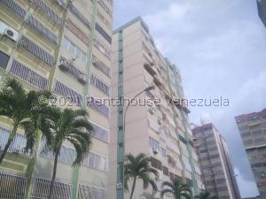 Apartamento En Ventaen Municipio Naguanagua, La Granja, Venezuela, VE RAH: 21-25419