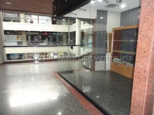 Local Comercial En Ventaen Caracas, Santa Fe Norte, Venezuela, VE RAH: 21-25012