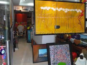 Local Comercial En Ventaen Caracas, Santa Fe Norte, Venezuela, VE RAH: 21-25021