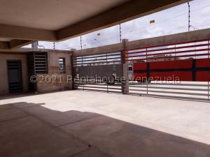 Apartamento En Ventaen Coro, Centro, Venezuela, VE RAH: 21-25025