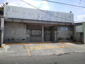 Local Comercial En Ventaen Valencia, La Candelaria, Venezuela, VE RAH: 21-25035