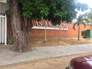 Apartamento En Ventaen Valencia, Prebo I, Venezuela, VE RAH: 21-25057