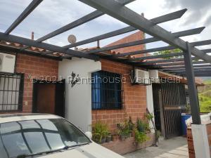 Casa En Ventaen Guatire, El Ingenio, Venezuela, VE RAH: 21-25072