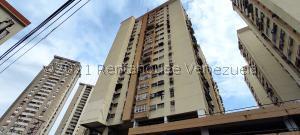 Apartamento En Ventaen Maracay, Avenida Constitucion, Venezuela, VE RAH: 21-25075