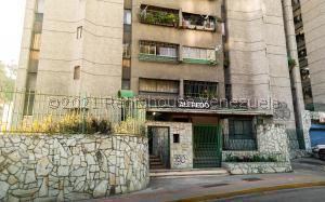 Apartamento En Ventaen San Antonio De Los Altos, Las Salias, Venezuela, VE RAH: 21-25080