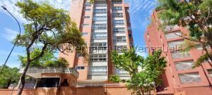 Apartamento En Alquileren Caracas, El Rosal, Venezuela, VE RAH: 21-25103