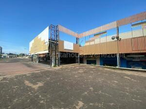 Galpon - Deposito En Alquileren Maracaibo, Pomona, Venezuela, VE RAH: 21-25099