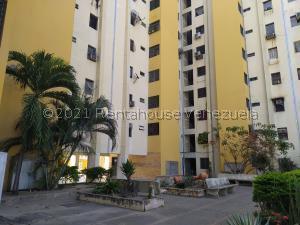 Apartamento En Ventaen Maracay, Zona Centro, Venezuela, VE RAH: 21-25244
