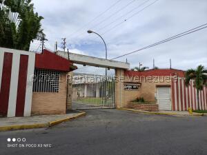 Casa En Ventaen Guatire, El Castillejo, Venezuela, VE RAH: 21-25265