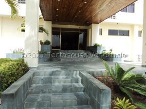 Apartamento En Ventaen Margarita, Costa Azul, Venezuela, VE RAH: 21-13743