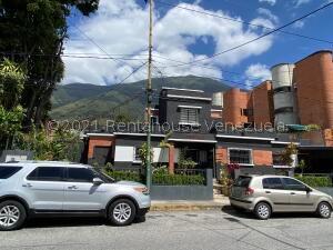 Casa En Ventaen Caracas, Los Palos Grandes, Venezuela, VE RAH: 21-25779