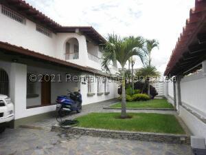 Casa En Ventaen Caracas, Cumbres De Curumo, Venezuela, VE RAH: 21-25151