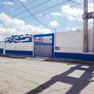 Galpon - Deposito En Ventaen Barquisimeto, Parroquia Union, Venezuela, VE RAH: 21-25179