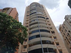Apartamento En Ventaen Valencia, Las Chimeneas, Venezuela, VE RAH: 21-25203
