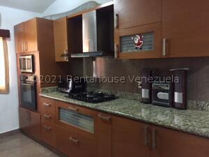 Casa En Ventaen Ciudad Ojeda, Barrio Libertad, Venezuela, VE RAH: 21-25210