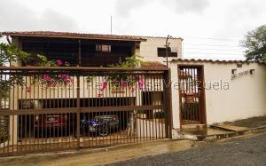 Casa En Ventaen Caracas, Prados Del Este, Venezuela, VE RAH: 21-25308