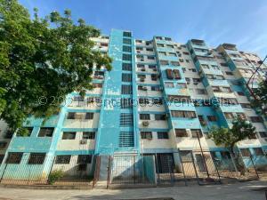 Apartamento En Ventaen Maracaibo, Las Delicias, Venezuela, VE RAH: 21-25237