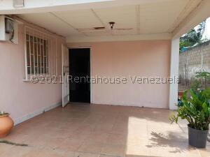 Casa En Ventaen Coro, Centro, Venezuela, VE RAH: 21-25246