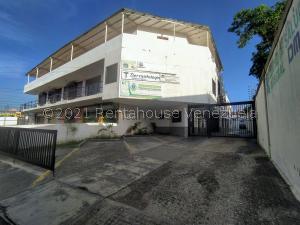 Oficina En Alquileren Cabudare, Centro, Venezuela, VE RAH: 21-25272