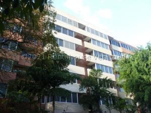 Apartamento En Alquileren Caracas, Campo Alegre, Venezuela, VE RAH: 21-25292
