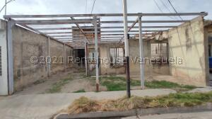 Casa En Ventaen Maracay, Villas De Aragua, Venezuela, VE RAH: 21-25306