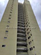 Apartamento En Ventaen Municipio Naguanagua, Casco Central, Venezuela, VE RAH: 21-25328