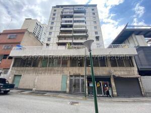 Local Comercial En Ventaen Caracas, Centro, Venezuela, VE RAH: 21-25310